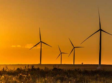 Mainstream completes financial close for three wind farms in South Africa